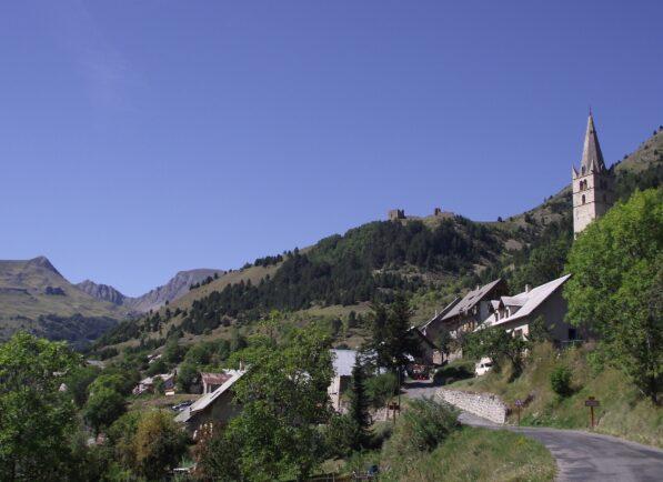 Réallon village