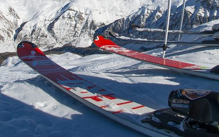 location et vente de skis, snowboards, ski de randonnée, ski de télémark, matériel sécurité montagne