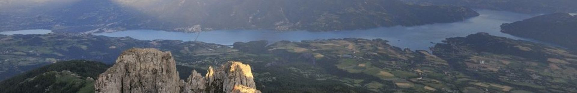 Vue et sommet des Aiguilles de Chabrière